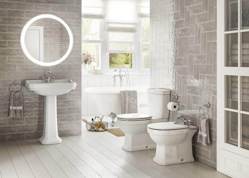 Carmen Bathroom