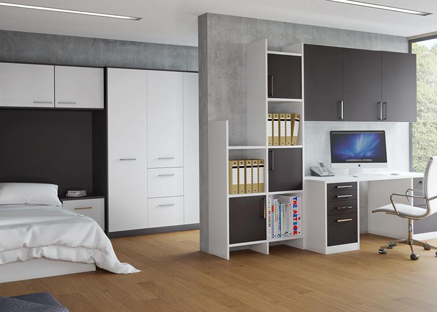 Zeluso Bedroom White and Black Oak
