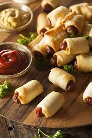 Christmas sausage rolls.jpg