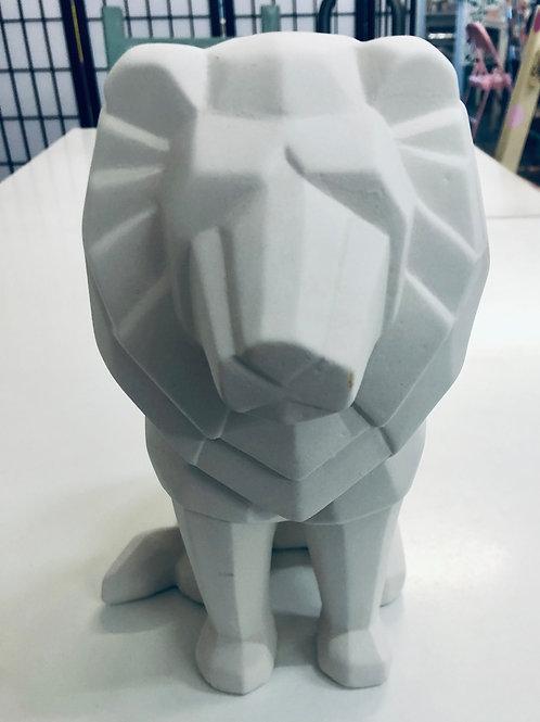 Faceted Lion 21.5cm