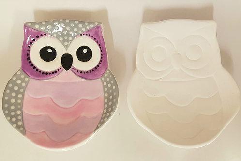 Owl Trinket Dish 3cm H X 13cm w and 15cm long.