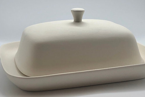 Butter Dish 19.5cm x 15cm with the cover measuring16cm x 11cm x 7cm tall