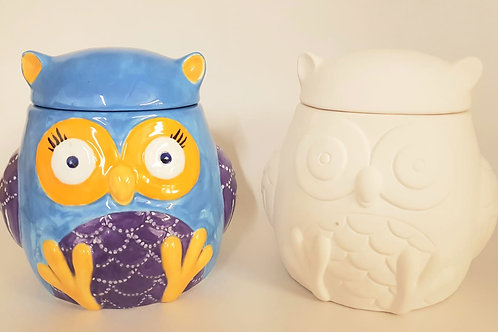 Owl Pot with Feet 12 x 11.5 x 11.5cm