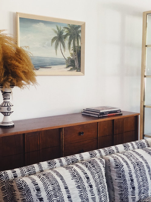 Stanley walnut sideboard c.1970