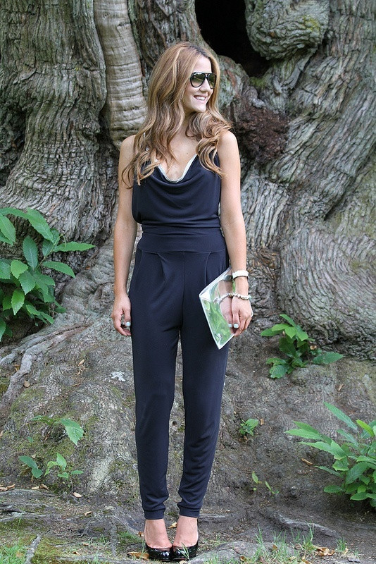 Black-Jumpsuits-for-women 16 Cute Jumpsuits Outfits - Ideas How to Wear Jumpsuits Rightly