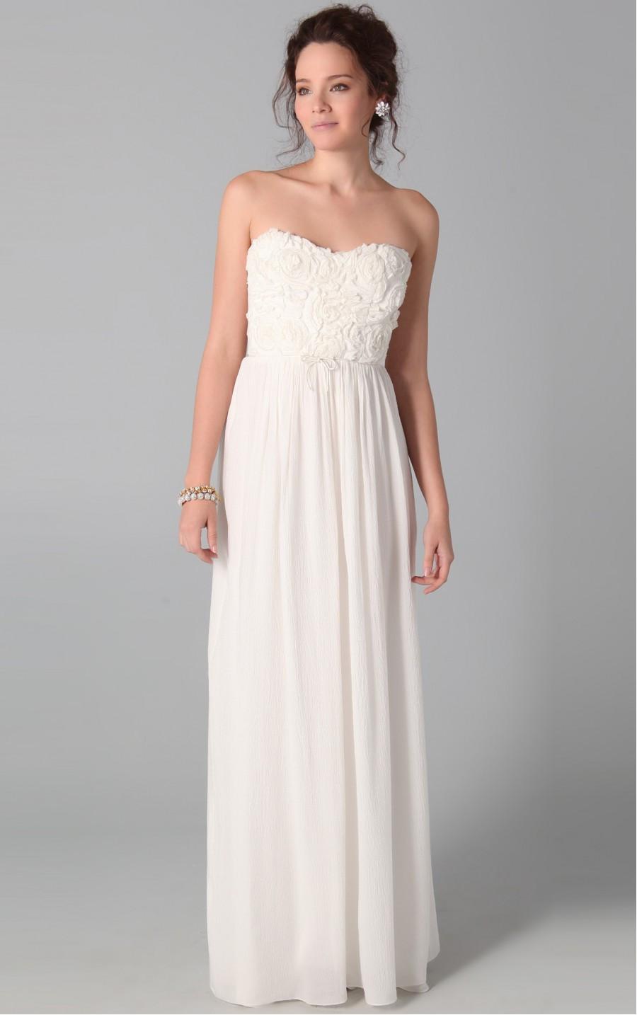 Strapless-Dresses-Elegant-For-Any-Occasion-0023