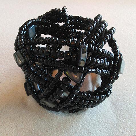 Black cuff shell/beaded bracelet