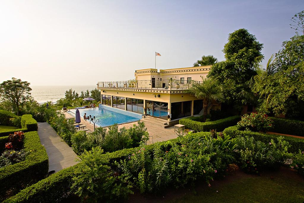 Les Alyzés Beach Resort *****