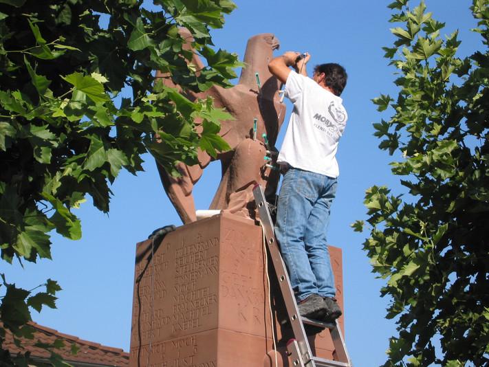 Krieger Denkmal Kronau