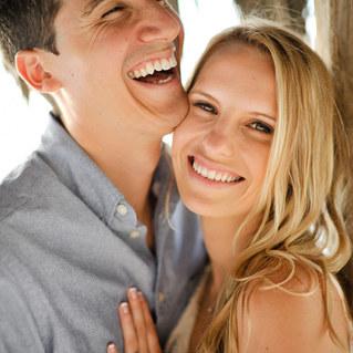 Sara & Justin // Windansea Engagement Session
