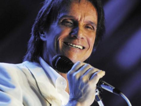Aos 80 anos, Roberto Carlos rejeita velhice: 'Me sinto com menos idade'