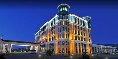 Hilton-Doubletree-Van-1024x514.png