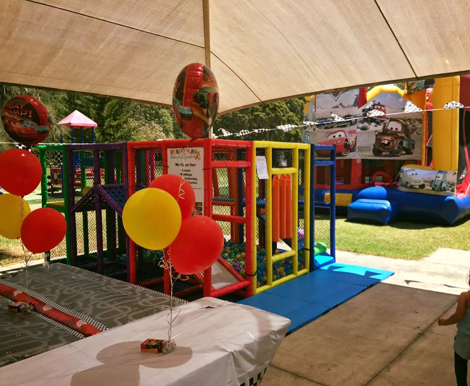 Mobile play centre