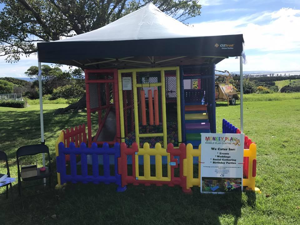 Mobile play centre - gazebo & fence