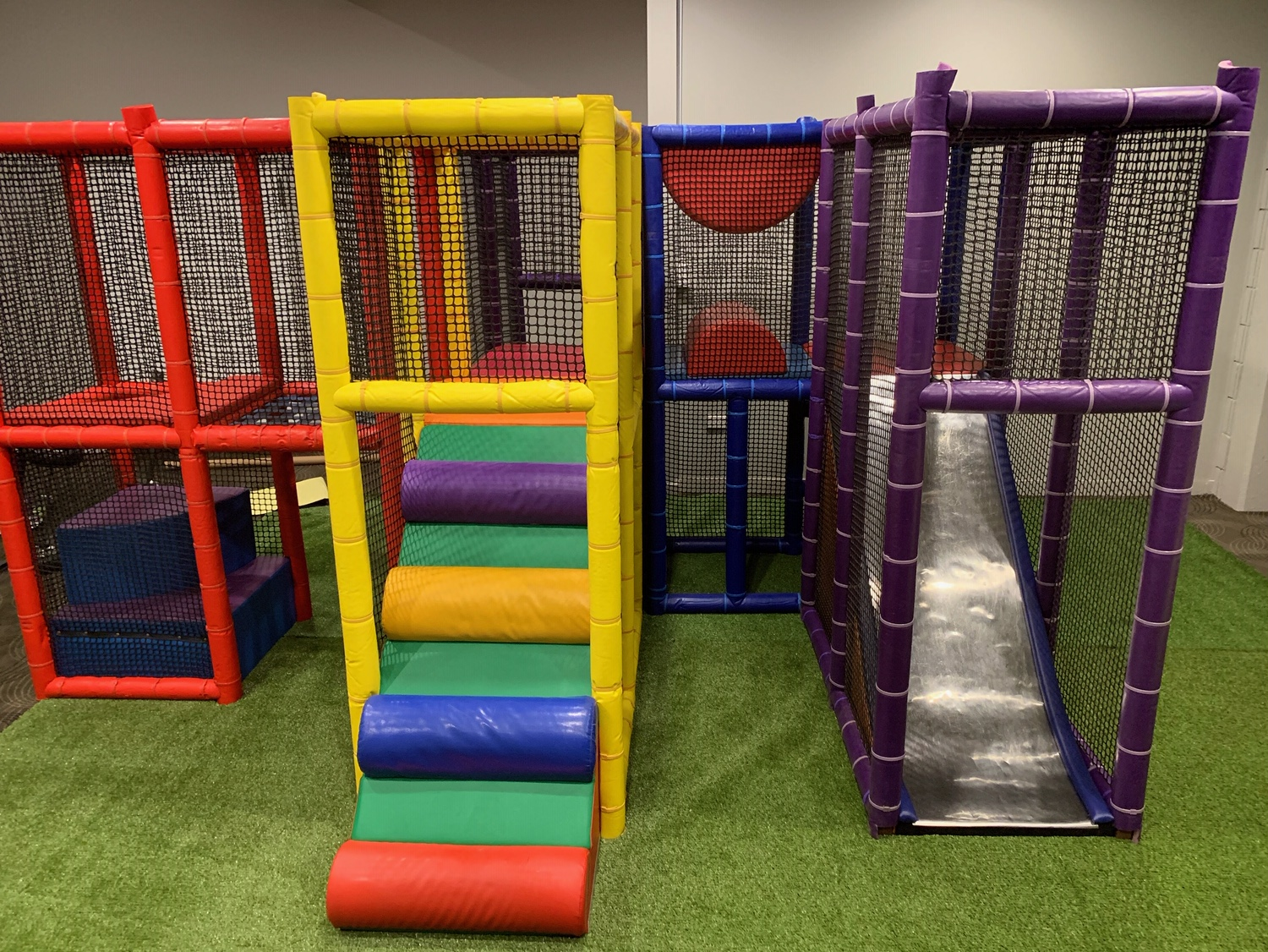 Mobile Play Gym 4mx4m (NO Ball Pit)