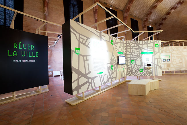 Toulouse en vue(s)  - Scénographie d'exposition - Musée des Jacobins - Toulouse