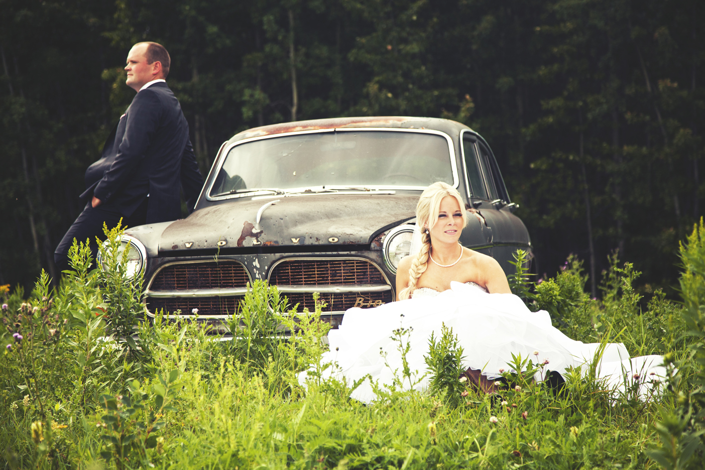 Calgar Wedding Photographer