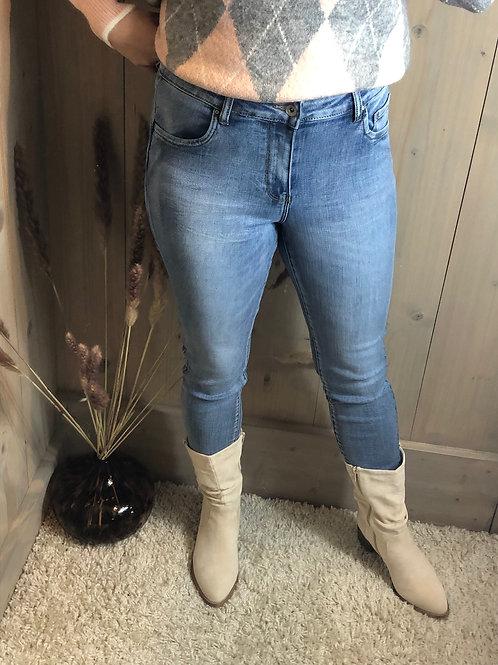 TOXIK push up regular waist mid jeans