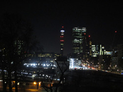 'London at night' by Dee, 2020 © CC BY-NC