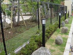 松戸老人ホーム石のアプローチガーデン