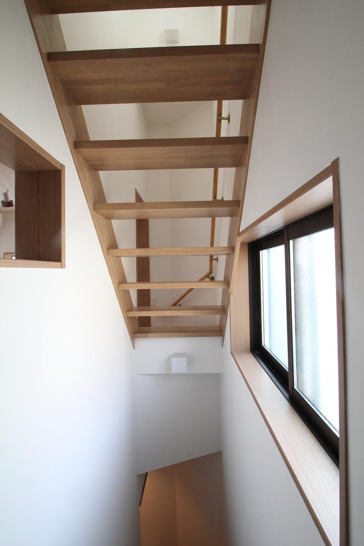 木製スケルトン階段