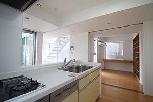 3階建て中庭の家|東京都|北区|王子|半地下|デザイナーズ|住宅密集地|注文住宅|家|