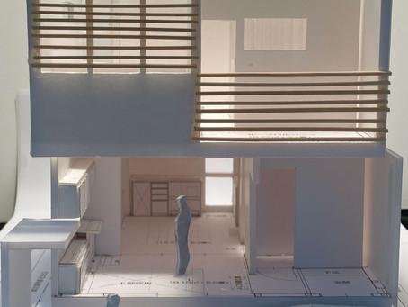 光の入り方を模型で検討。施主らしい、生き生きした家。設計完了!