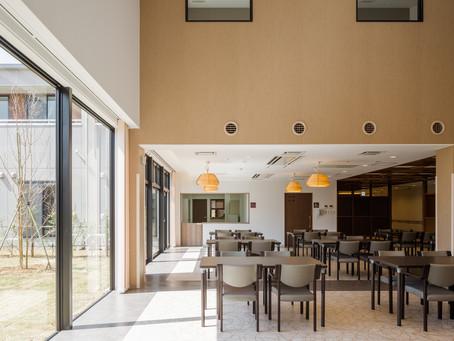 自然もたっぷり、空間もゆったり、そんな老人ホームに住みたい「ゆったりホームの設計」