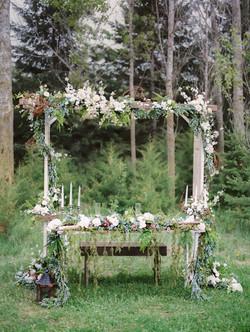 Door Ladder Arch & Sweetheart Table
