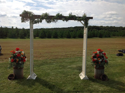 Door ladder arch /fresh floral cans