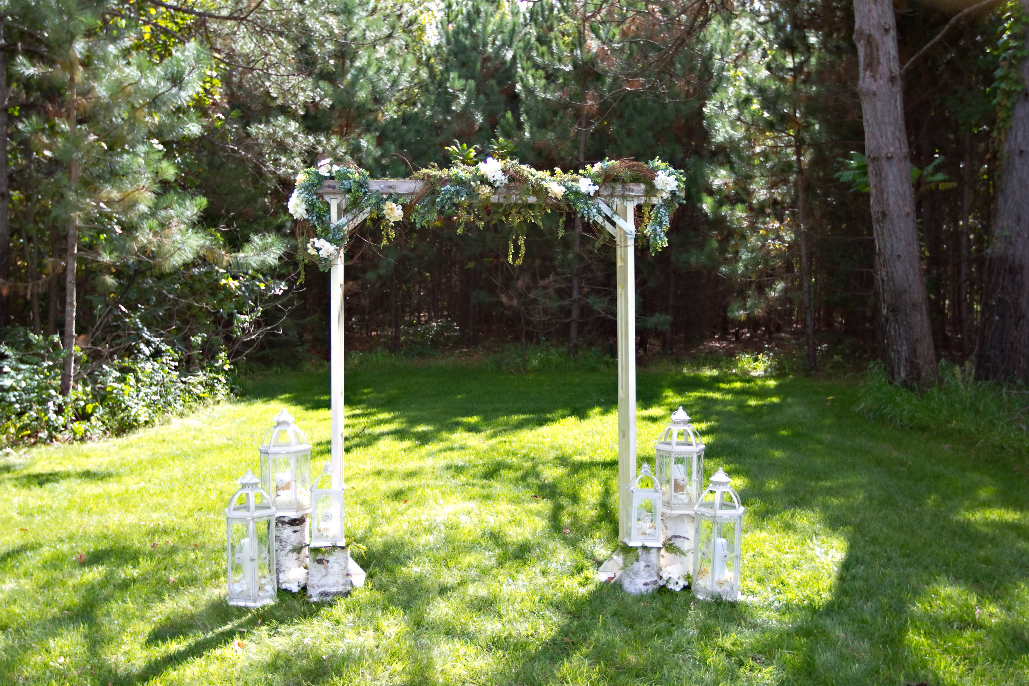 Door Ladder Arch/Jeweled Lanterns