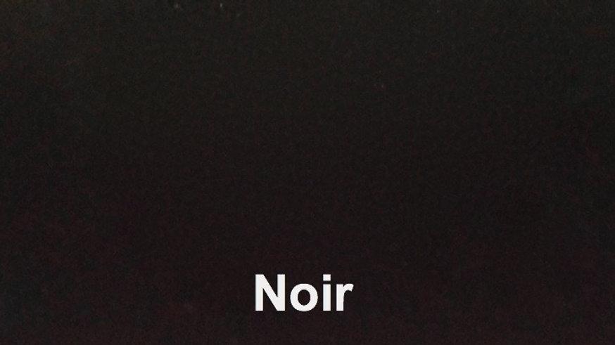 Noir - couleur porcelaine portrait