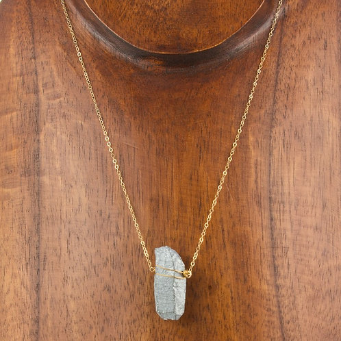 SILVER CRYSTAL POINT NECKLACE