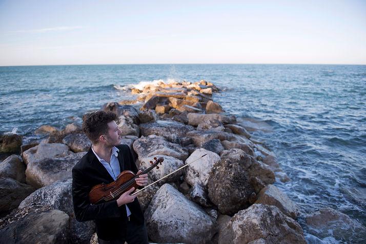 Simone Pirri | Violinist