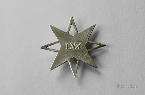 Star pendant, back