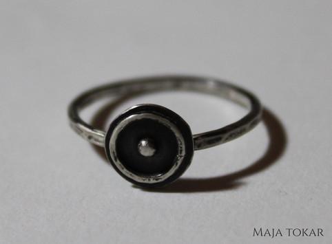 Alchemical solar symbol ring