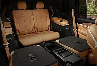 tucar-jeep-grand-cherokee-sedadla-1.jpg
