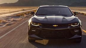 Chevrolet CAMARO V8. Skladem poslední kusy!