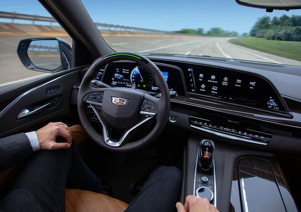 Cadillac-Escalade-2021-1280-25.jpg