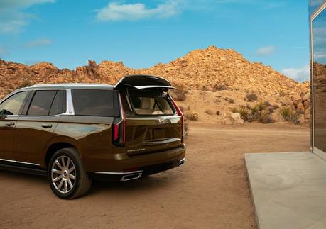 Cadillac-Escalade-2021-1280-45.jpg