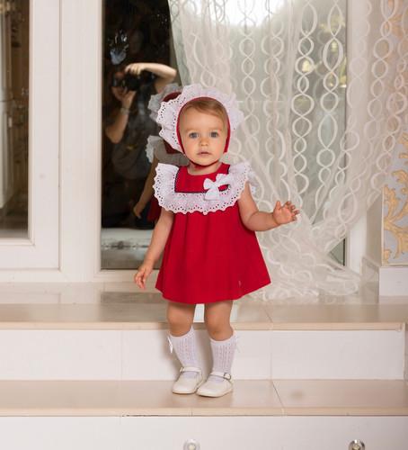 186653672 SS19 Dolce Petit Baby Girls Red & White Frill Dress, Panties & Bonnet