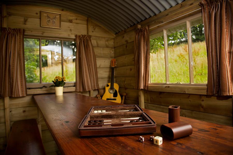 WEB_FRIENDLY_Fisherton_Farm_Vintage_Vardos_D46A4184_Andrew_Ogilvy_Photography.jpg