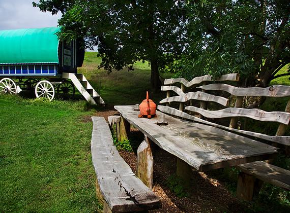 WEB_FRIENDLY_Fisherton_Farm_Vintage_Vardos_D46A8619_Andrew_Ogilvy_Photography.jpg