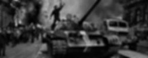 """Praga Ciudad Nueva Tours - UNITY Tours Praga.  La Primavera de Praga fue un intento de liberalización política en Checoslovaquia, durante la Guerra Fría. El país y su capital, Praga, fueron invadidos por las tropas de la URSS y de sus aliados del Pacto de Varsovia que pusieron fin por la fuerza al proceso de apertura y detuvieron a sus principales impulsores.  Fue un movimiento pacífico y democrático, liderado por el presidente checo Alexander Dubcek, su programa de reformas fue bautizado como """"socialismo con rostro humano"""". Tras la caída del comunismo en Checoslovaquia en 1989, la Revolución de Terciopelo marco un hito importante en la historia de Checoslovaquia, Además conoceremos la ciudad nueva, las obras arquitectónicas más importantes, maravillas del siglo XX, arte urbano, el teatro nacional, Lucerna, la fortaleza de Visherad, la cripta en la iglesia de San Cirilio y San Metodio donde las tropas nazis asediaron a los soldados checos que realizaron el atentado contra el carnicero"""