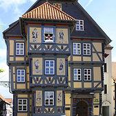 Rathaus-Frau-Holle-HessLichtenau-c-Stadt