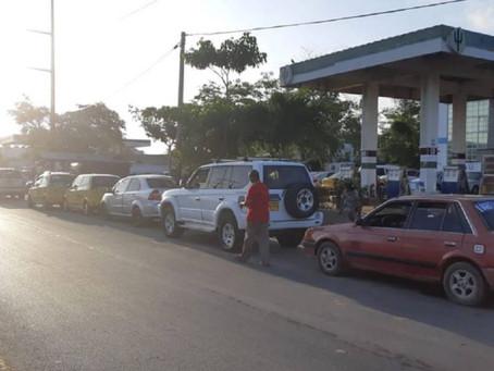 Continúa desabastecimiento de gasolina en La Guajira