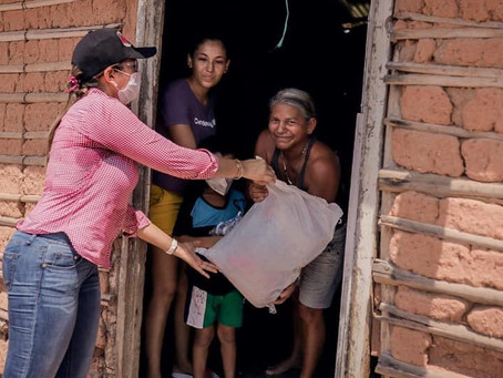 EN IMÁGENES//Ayuda del sector privado a comunidad en Becerril, Cesar