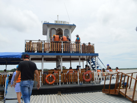 Navegar por el río Magdalena, otro plan turístico de Barranquilla.