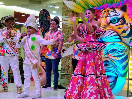 Carnaval de Barranquilla 2020 iza bandera en la Intendencia Fluvial