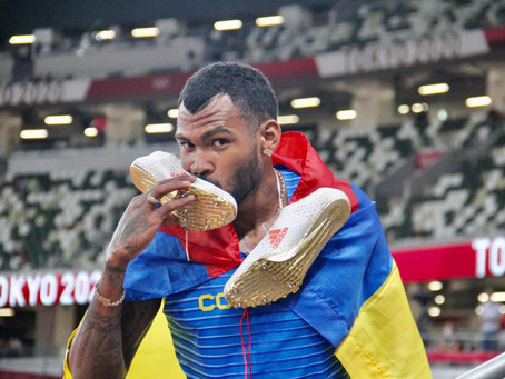 Anthony Zambrano, el primer hombre de Sudamérica en ganar una medalla en la prueba de 400 metros.